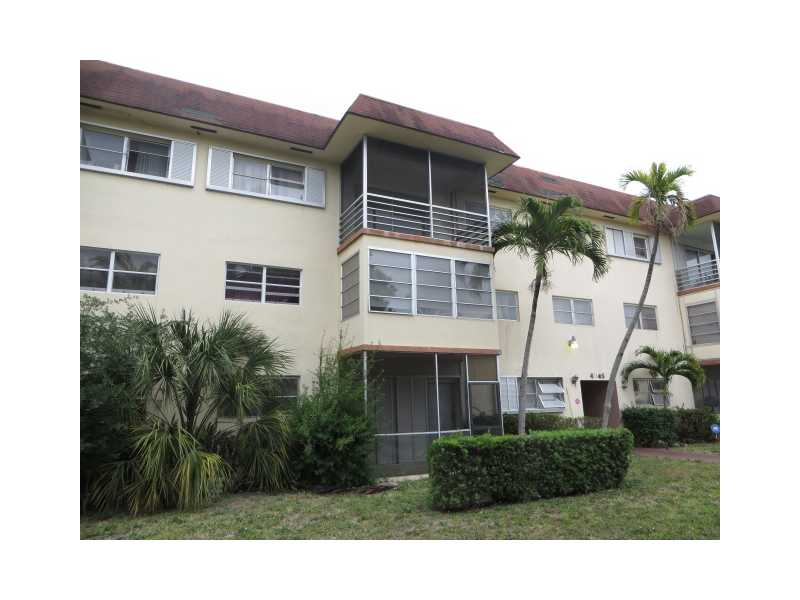 4045 NW 16 St # 305, Fort Lauderdale, FL 33313
