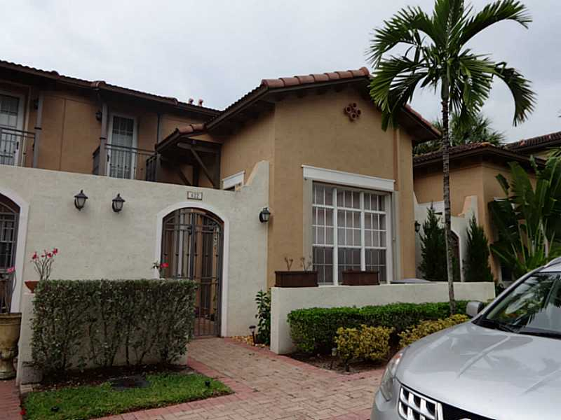 One of Pembroke Pines 3 Bedroom Homes for Sale