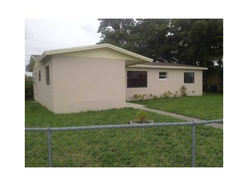 3861 Nw 196th St, Opa-Locka, FL 33055