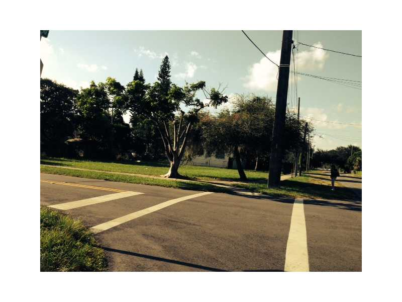 NW 23rd Ave, Miami, FL 33147