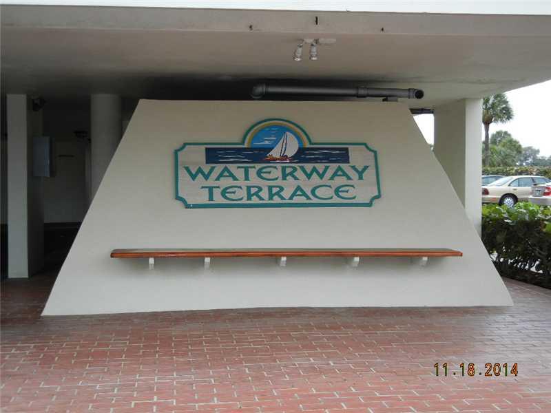 300 Golfview Rd # 207, North Palm Beach, FL 33408