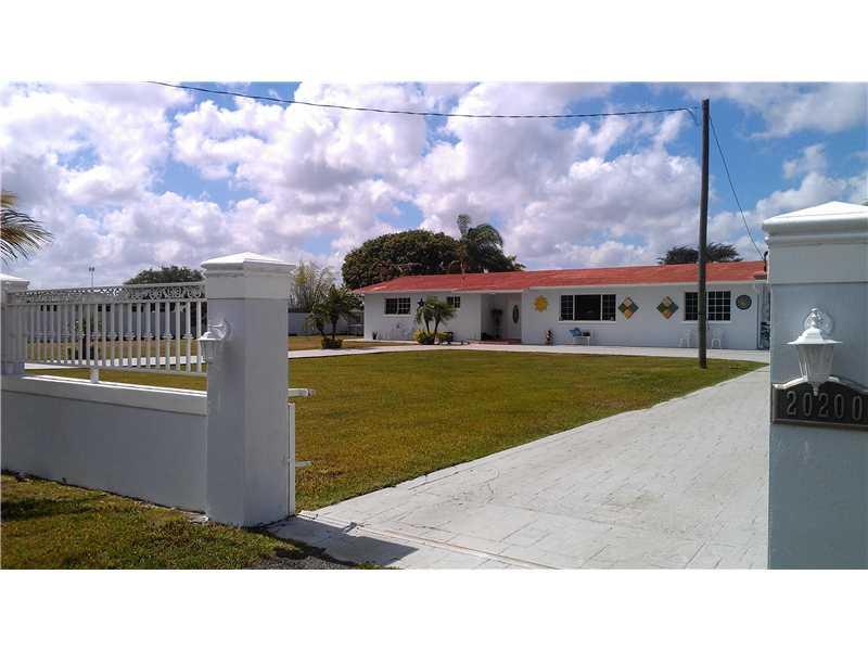 20200 SW 207th Ave, Miami, FL 33187