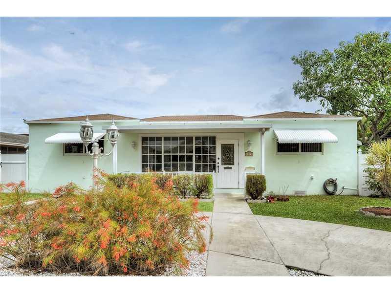 Real Estate for Sale, ListingId: 33023837, Hollywood,FL33020