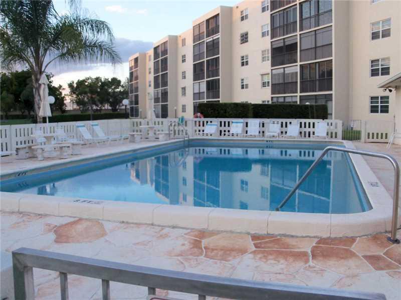 Photo of 190 Southeast 5 AV  Dania Beach  FL