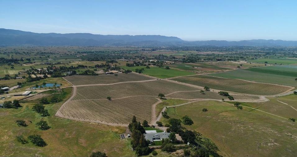 4399 Roblar Santa Ynez, CA 93460