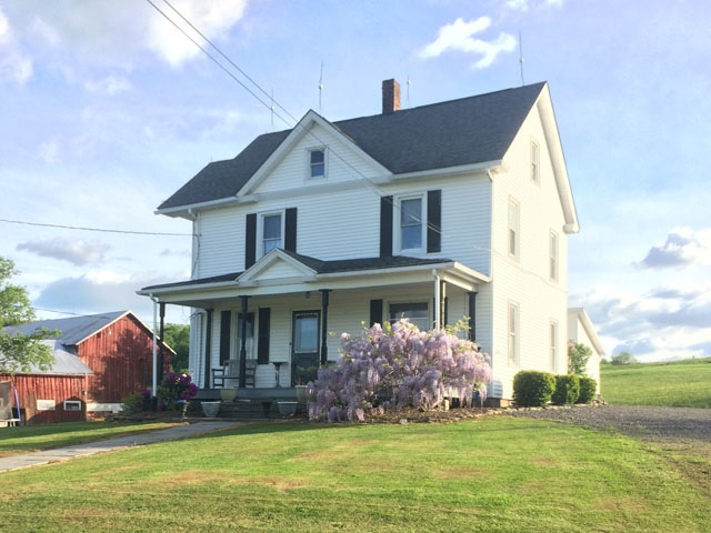 175 Rutledgedale Rd, Tyler Hill, PA 18469