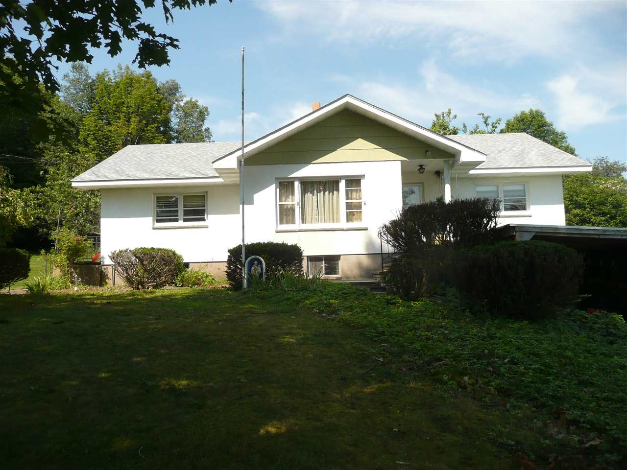 56 Huschke Rd, Hurleyville, NY 12747