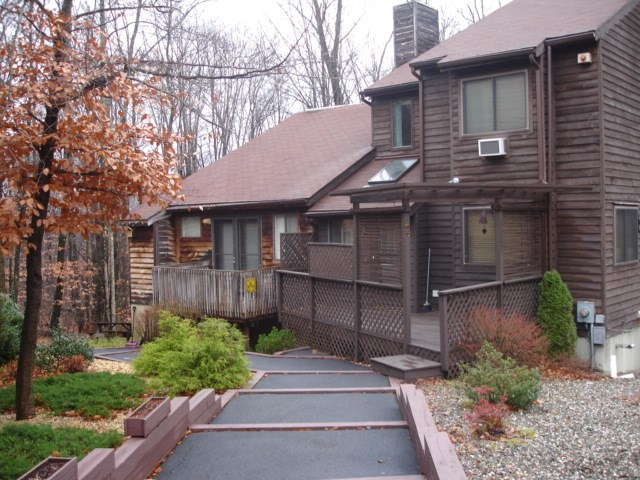 Photo of 43 Meadowlark  Woodridge  NY