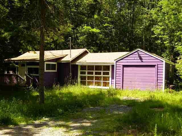 Photo of 28 W Tusten Place  Smallwood  NY