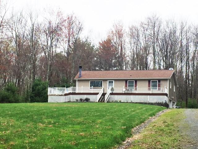 279 Old Tacy Rd, Swan Lake, NY 12783