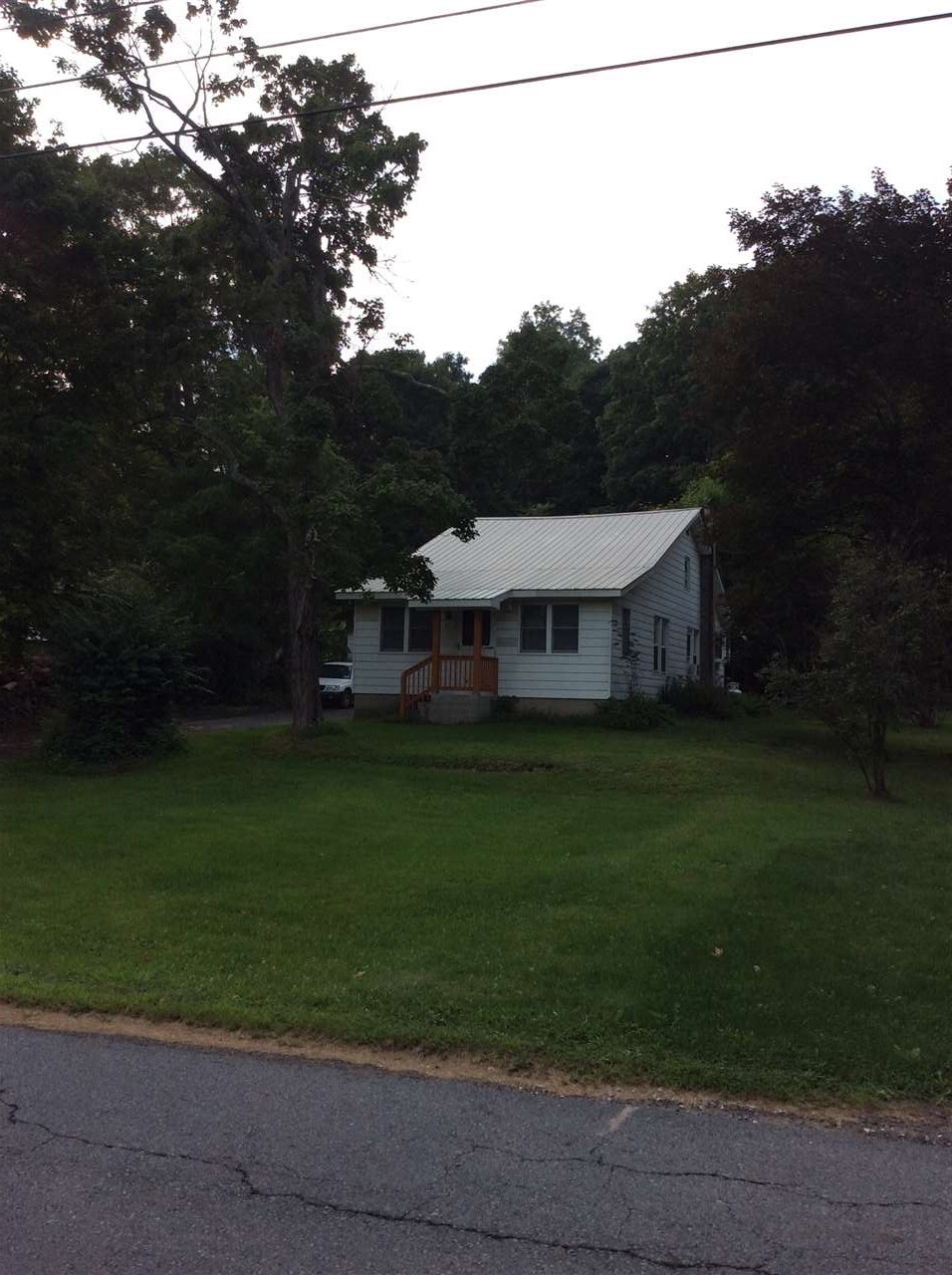 Photo of 18 Martins Road  Huguenot  NY