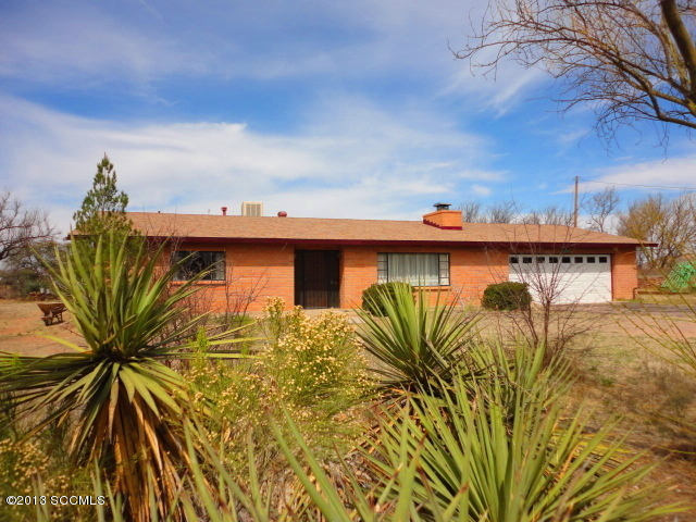 1711 N Mountain View Dr, Nogales, AZ 85621