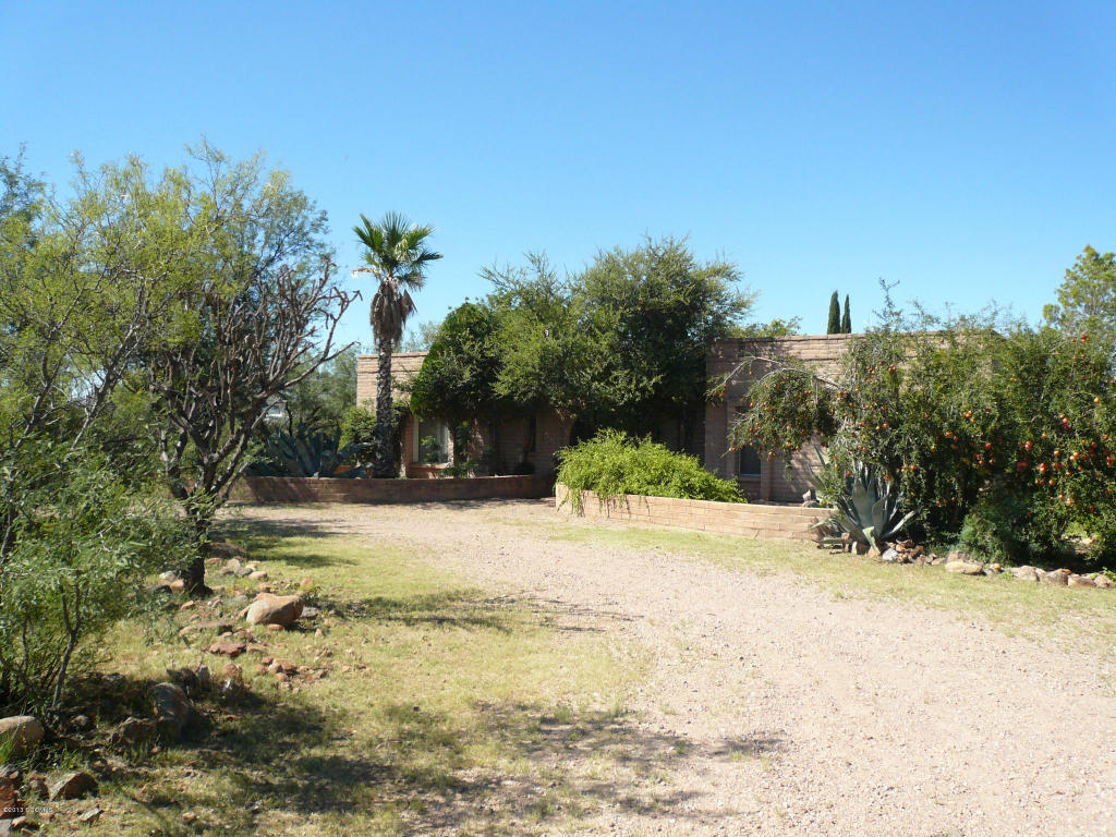 10 acres in Tubac, Arizona
