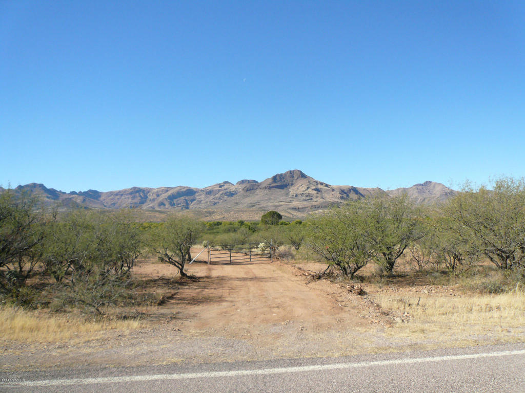 34.45 acres in Tubac, Arizona