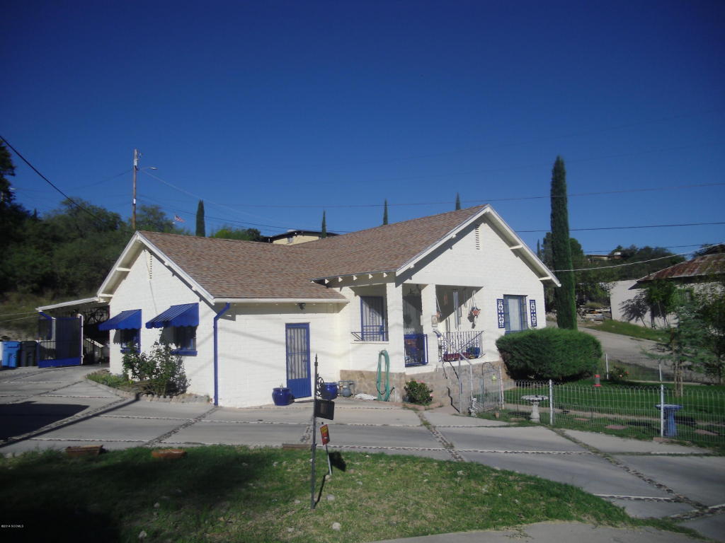 504 W Walnut St, Nogales, AZ 85621