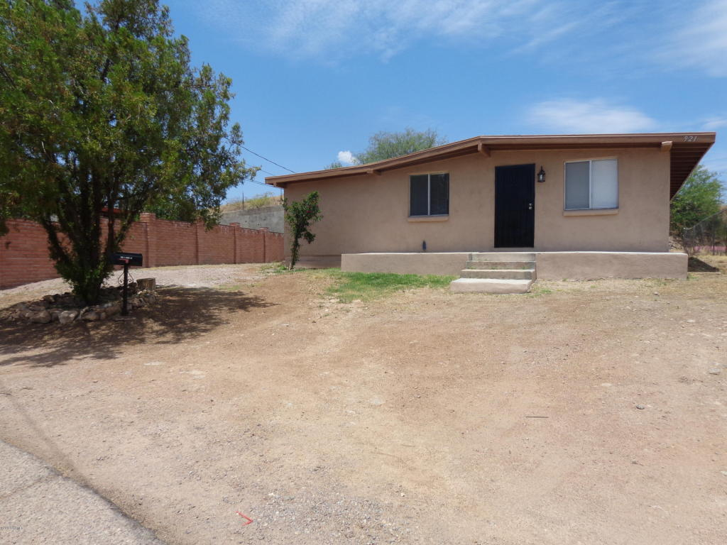 Photo of 921 Smith Drive  Nogales  AZ