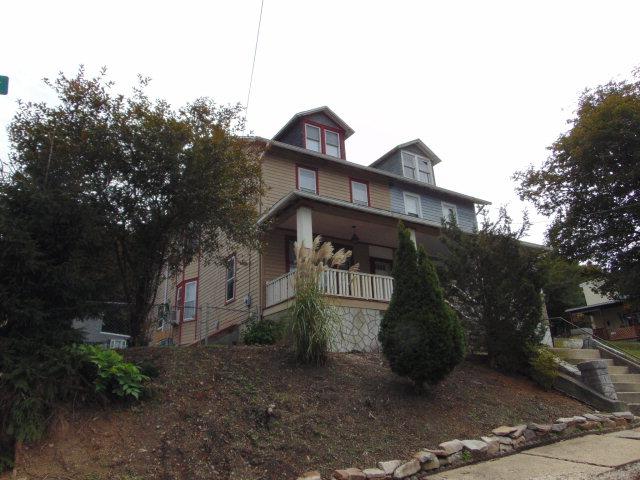 340 Oak St, Port Carbon, PA 17965