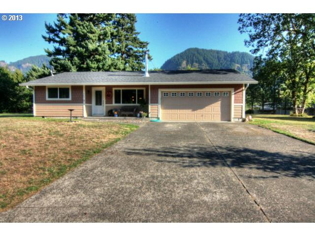 703 Fort Rains St, North Bonneville, WA 98639