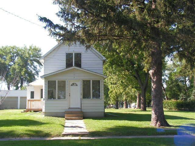 primary photo for 374 Euclid Street N, Alden, MN 56009, US