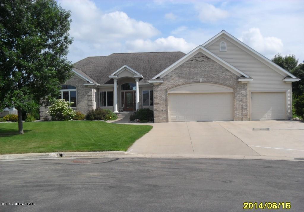 Real Estate for Sale, ListingId: 27586169, Austin,MN55912