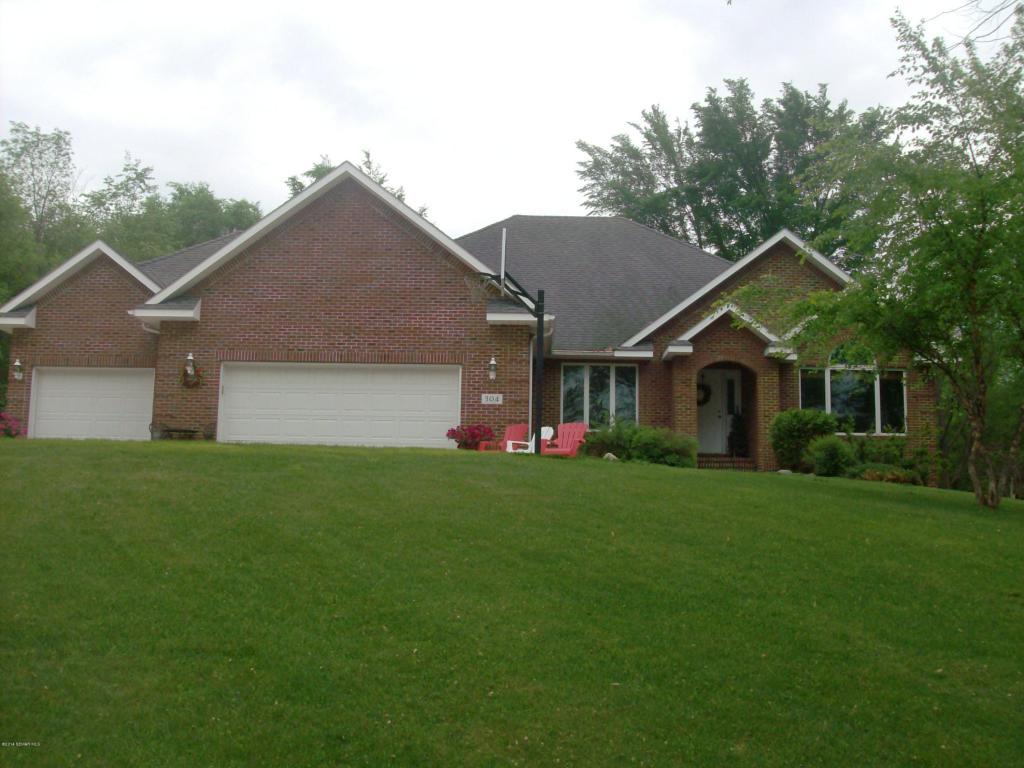 Real Estate for Sale, ListingId: 28498253, Austin,MN55912
