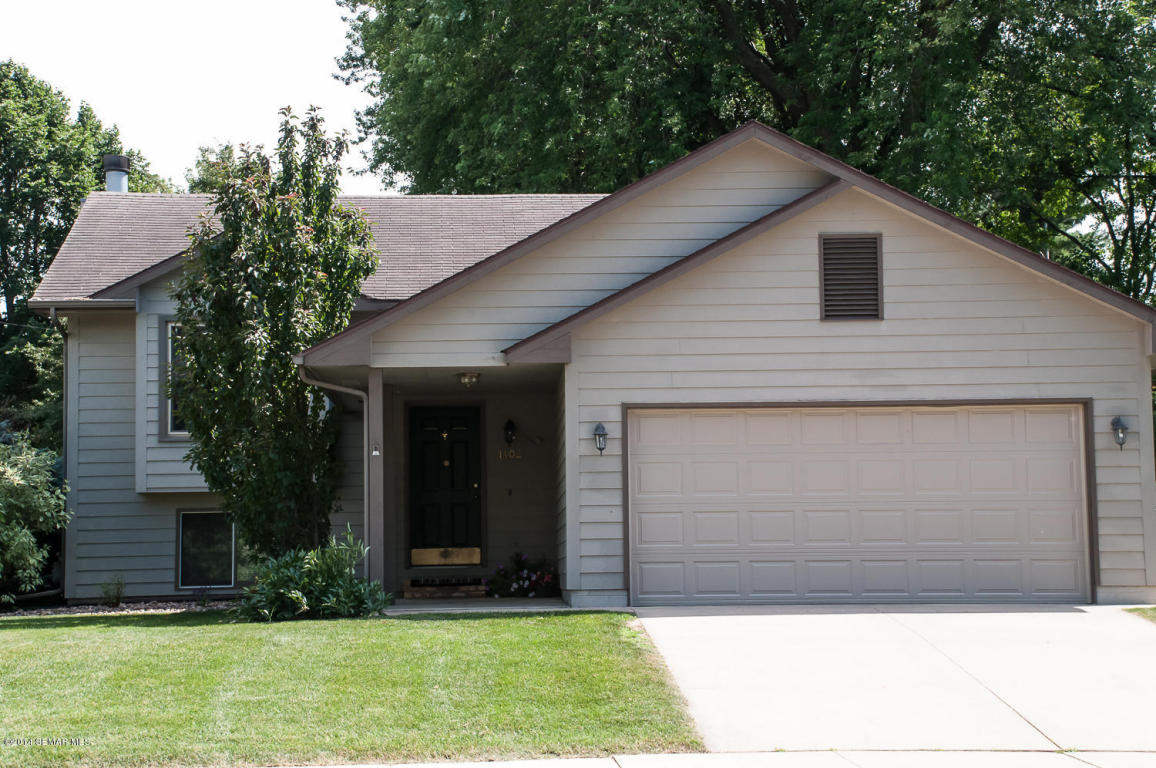 1102 33rd St Nw, Rochester, MN 55901