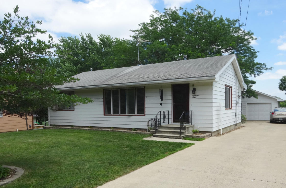1309 S 4th Ave, Albert Lea, MN 56007