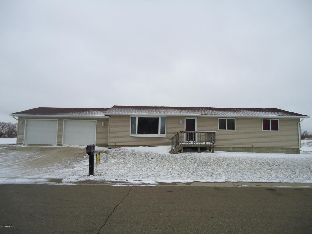 510 4th St NW, Hayfield, MN 55940