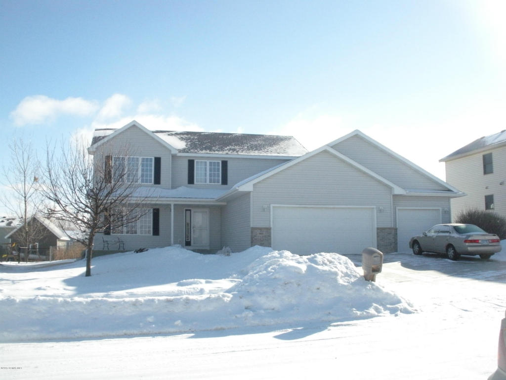 600 15th Ave NW, Kasson, MN 55944