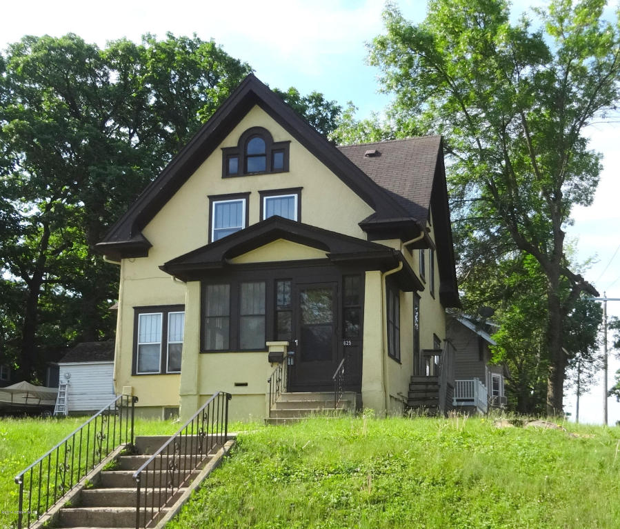 625 W Clark St, Albert Lea, MN 56007
