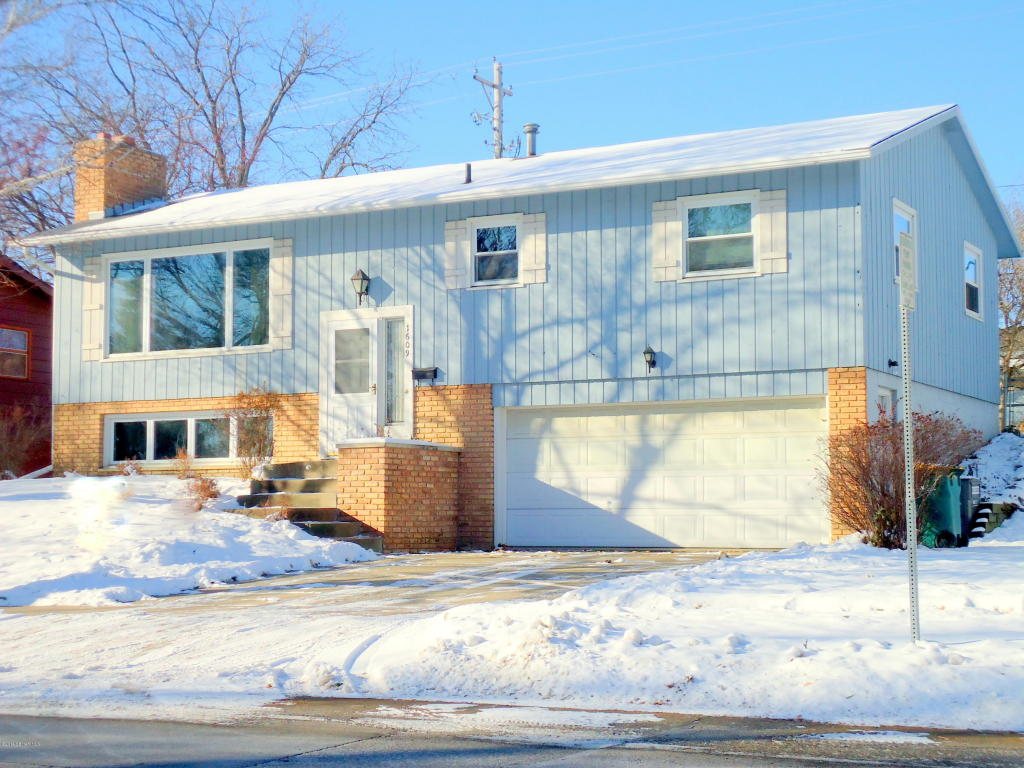 1609 16th Ave Nw, Rochester, MN 55901
