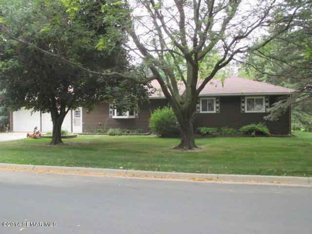 426 1st St SE, Hayfield, MN 55940