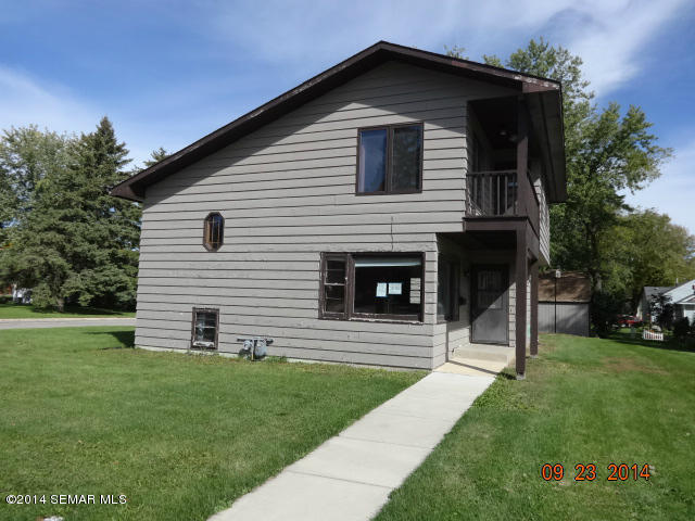 16 6th Ave Nw, Kasson, MN 55944