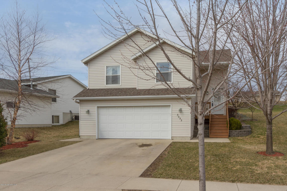 3033 Rose Heights Dr Se, Rochester, MN 55904