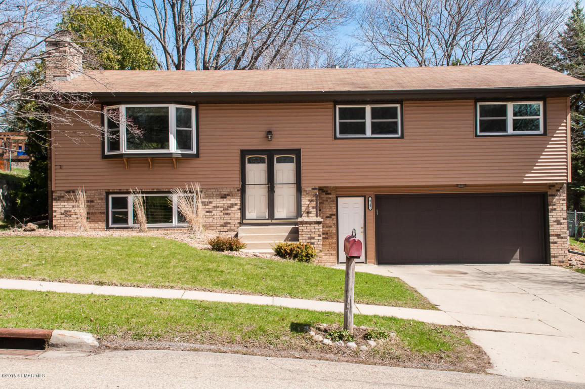 515 29th St Nw, Rochester, MN 55901