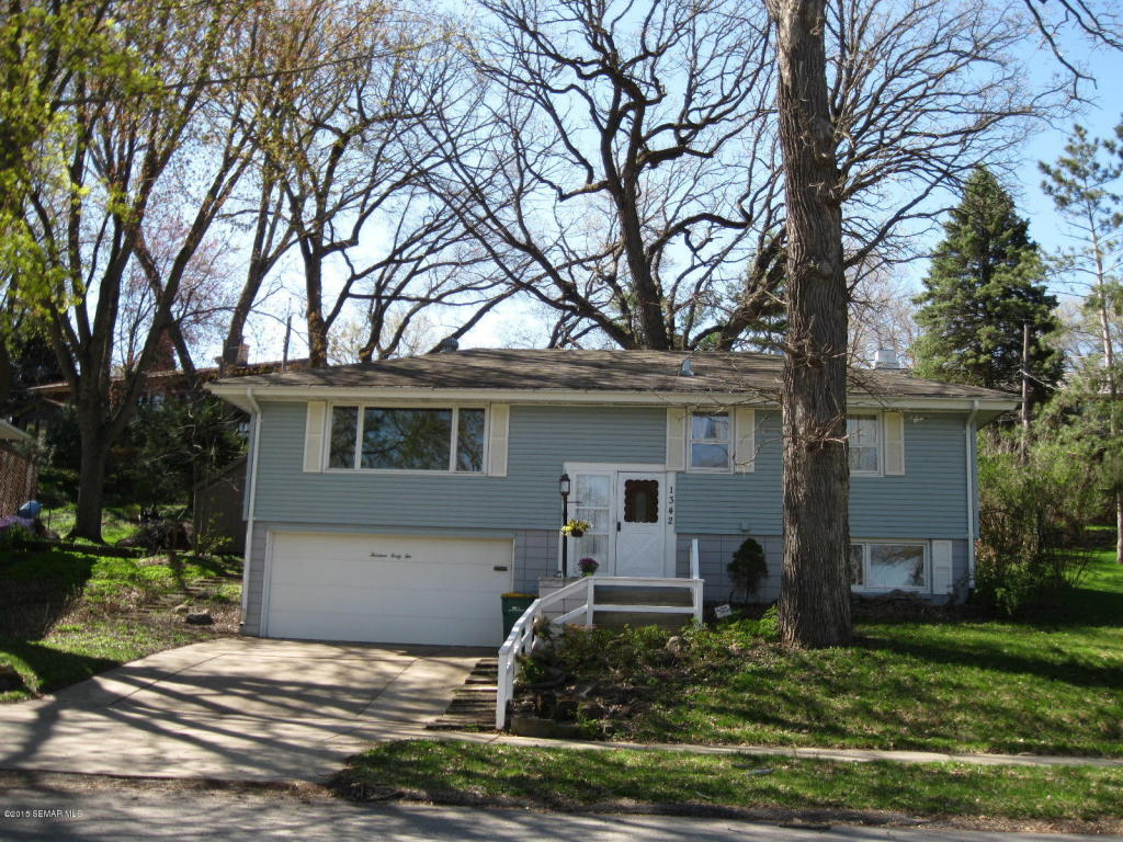 1342 21st St Nw, Rochester, MN 55901