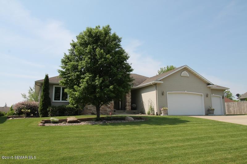 Real Estate for Sale, ListingId: 33574831, Owatonna,MN55060