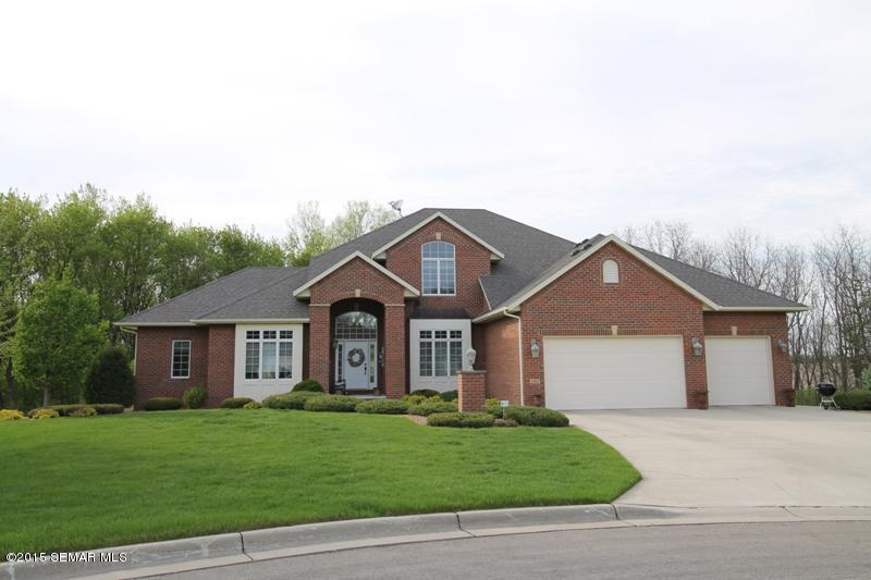 Real Estate for Sale, ListingId: 33653944, Owatonna,MN55060