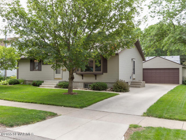 1846 18th St Nw, Rochester, MN 55901