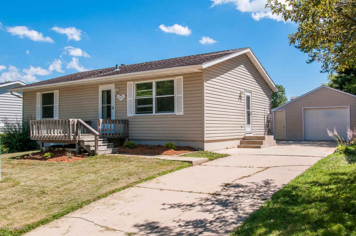2056 43rd St Nw, Rochester, MN 55901