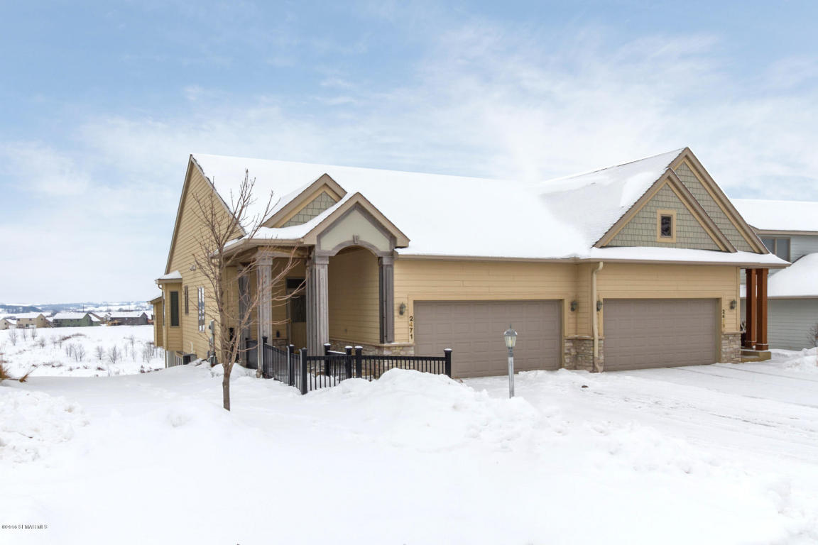 2471 Superior Ln Nw, Rochester, MN 55901