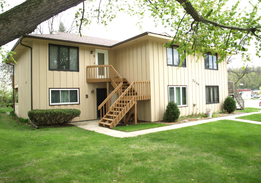 2124 Viking Drive NW D, Rochester in Olmsted County, MN 55901 Home for Sale