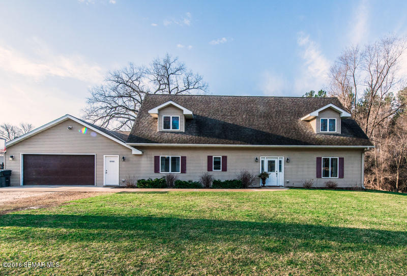 6566 Spruce Dr, Cannon Falls, MN 55009