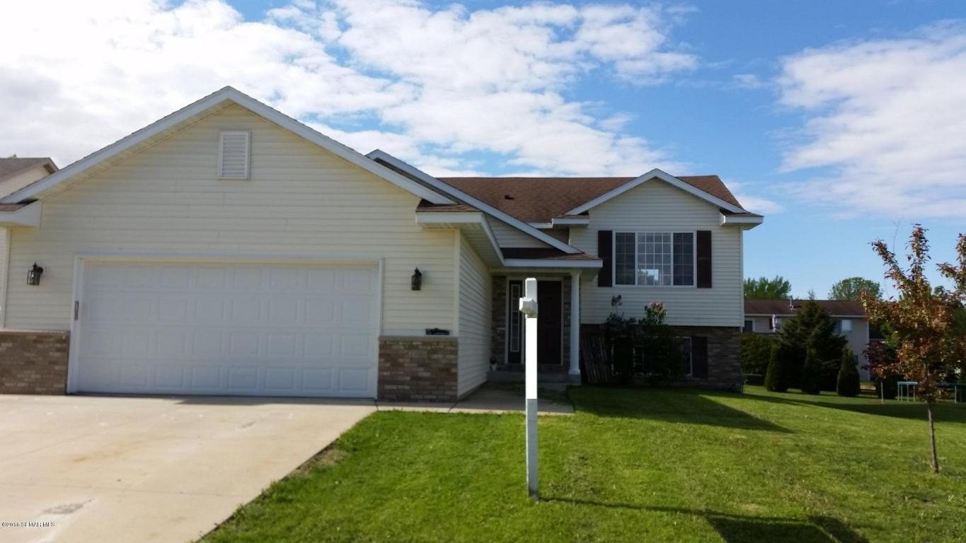 1100 9th St Nw, Kasson, MN 55944