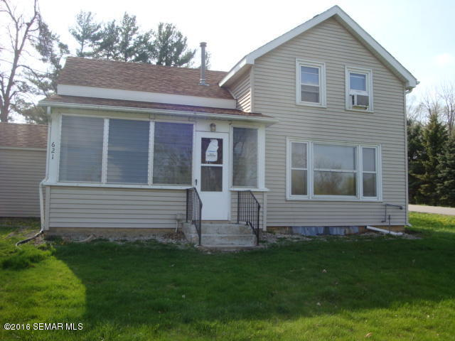621 Walnut St, Mantorville, MN 55955