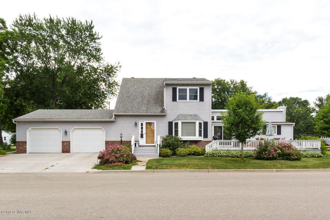 419 W Monroe St, Lake City, MN 55041