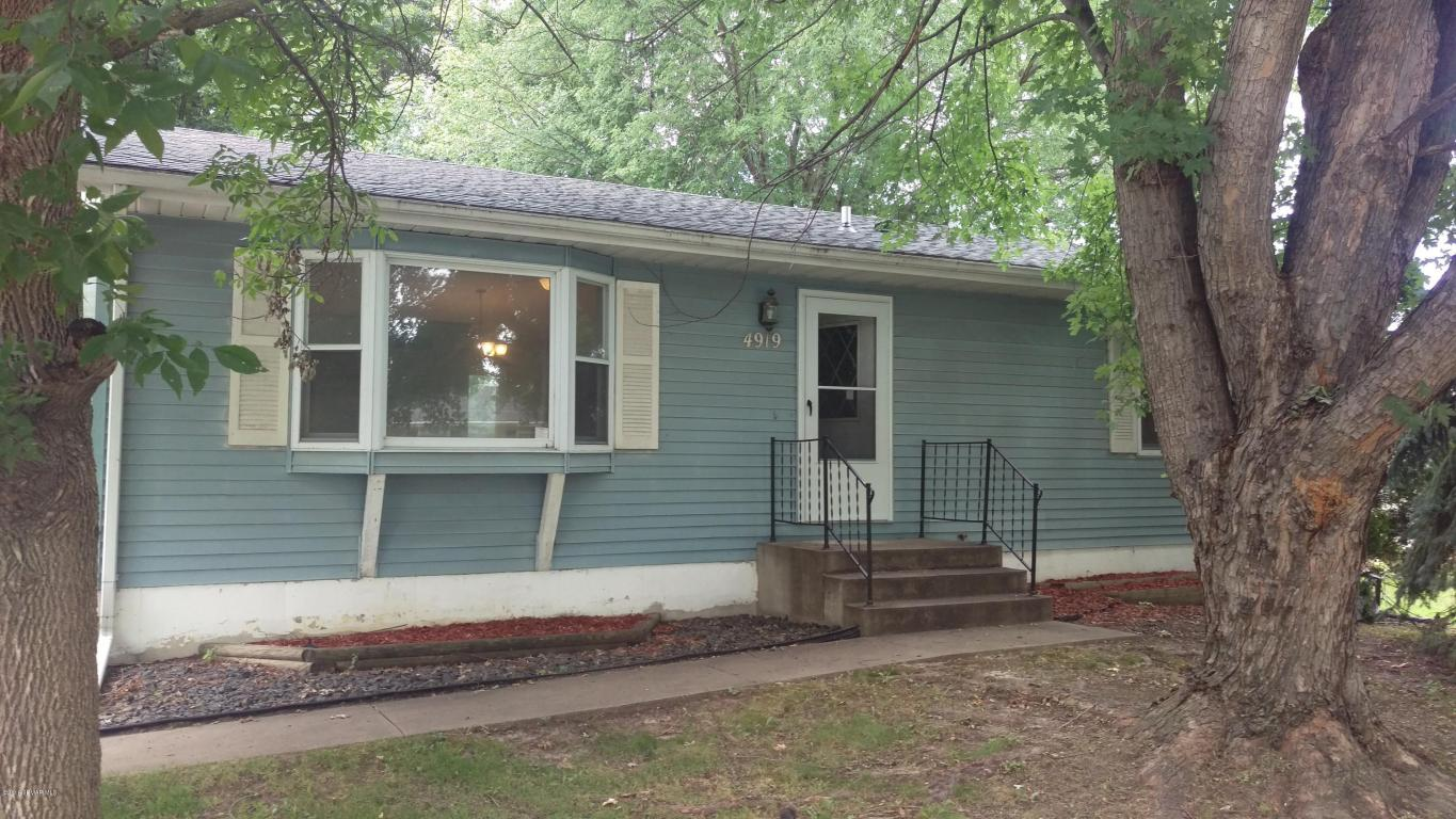 Photo of 4919 21st Avenue NW  Rochester  MN