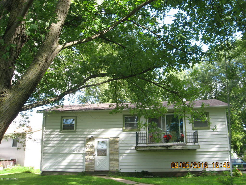 201 4th St Ne, Dodge Center, MN 55927