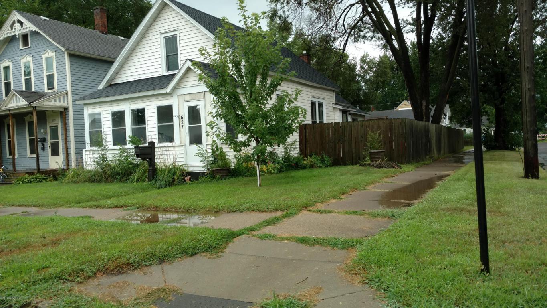 Photo of 627 W Howard Street  Winona  MN