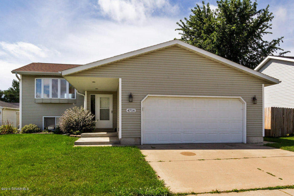 4714 8th St Nw, Rochester, MN 55901